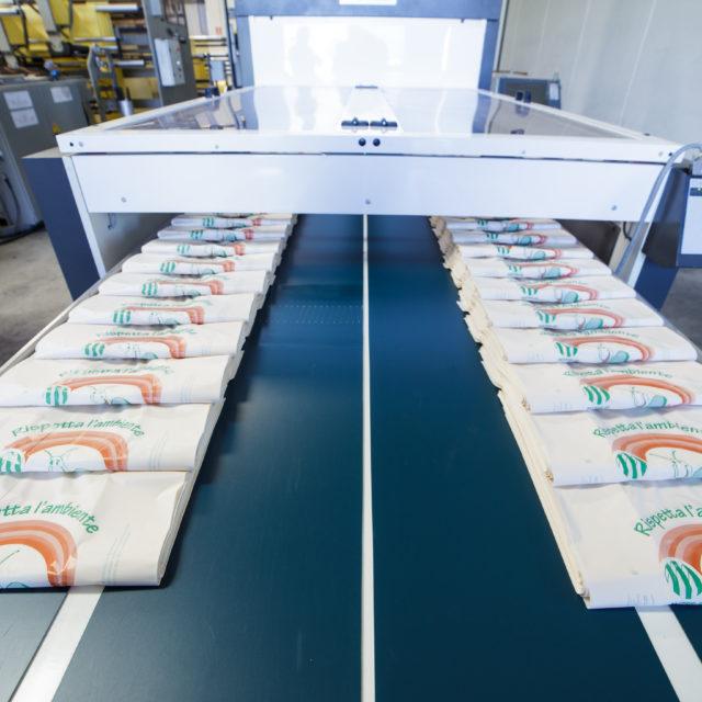 sacchetti lumaca in fila